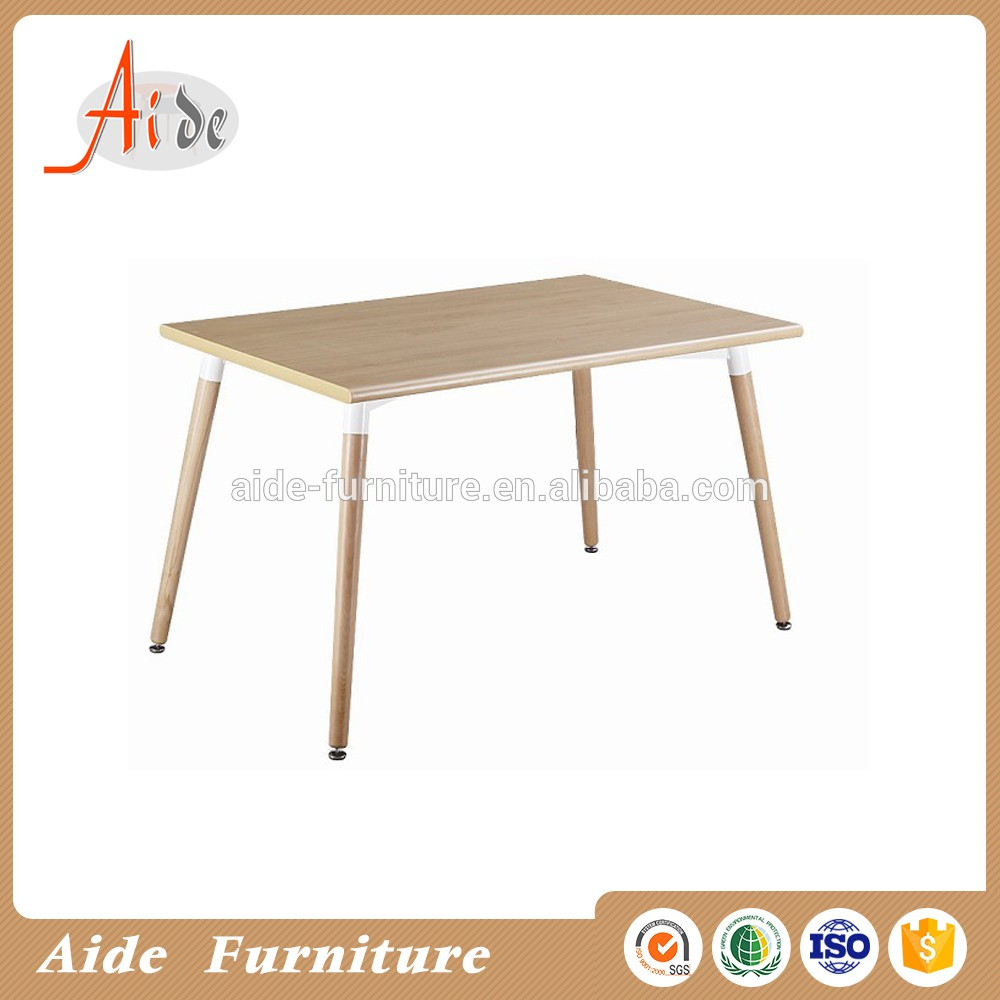 Aide Modern design dining room furniture  high gloss MDF top dining table with solid wood leg
