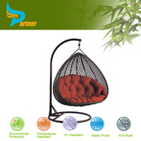 Cheap Price Factory Manufacturer Direct Wholesale Comfortable Bird's Big Round Indoor Egg Nest Shaped Wicker Rattan Swing Chair