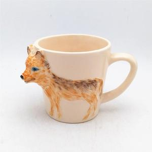 Ceramic pottery clay mug 3d wolf embossed mug custom