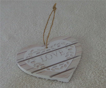 Heart Shaped Christmas Hanging Ornaments Wall Plaque