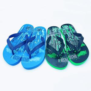 cb3591bdcdb9 2019 New design custom logo printed rubber footwear soft insole boys beach  flip flops children slipper