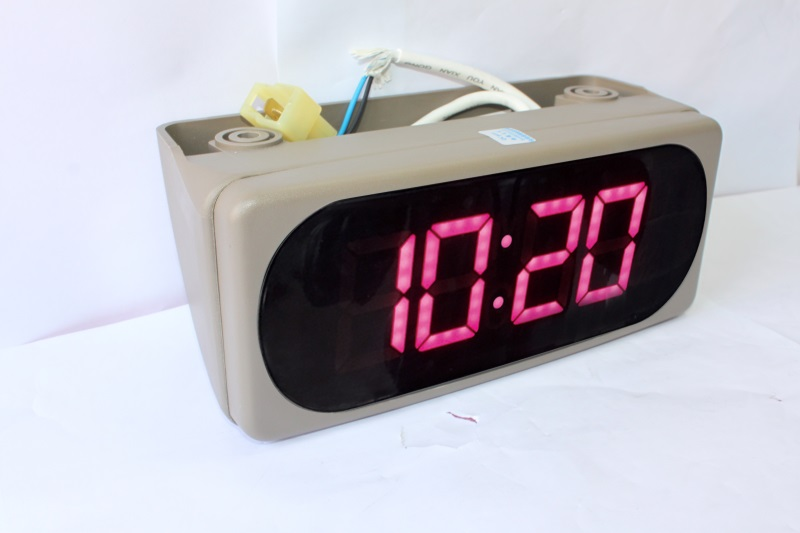 bus embedded and roof mounted clock