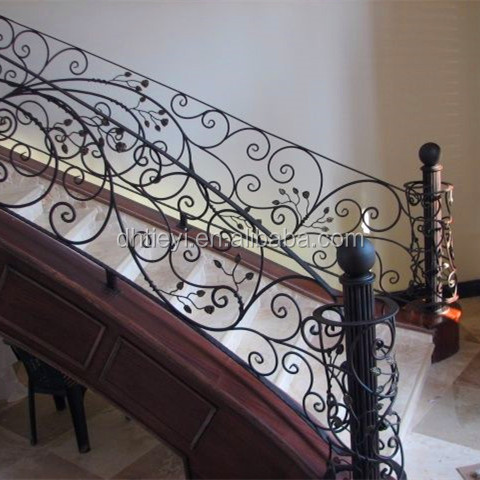 4 Scroll Wrought Iron Hand Rail