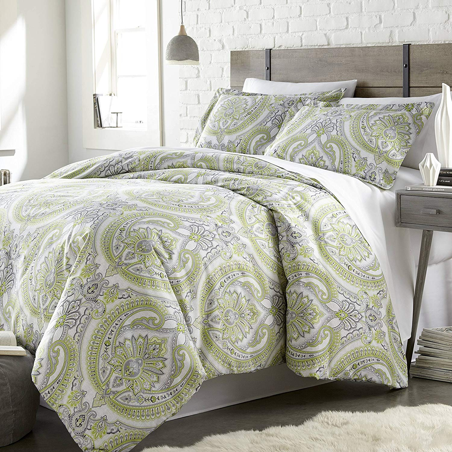 3 Piece Green Grey Classic Paisley Pattern Duvet Cover King/Cal King Set, Beautiful Girly Motif Floral Reversible Bedding Gray White Bohemian Textured Design, Classic Style, Bright Colors, Microfiber