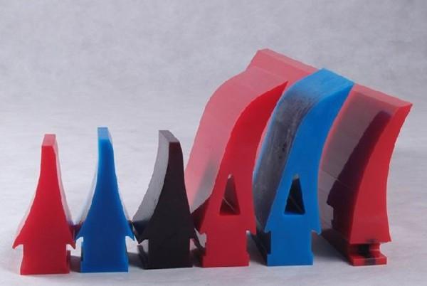head first polyurethane conveyor belt roller scraper cleaner