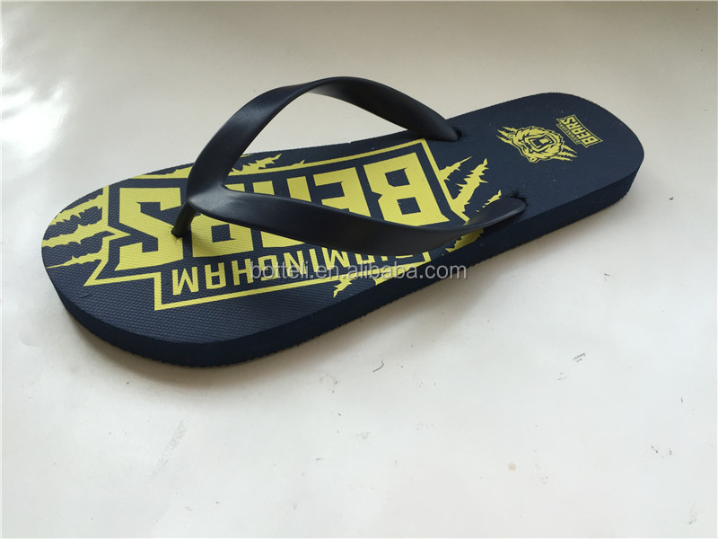 cheap Promotional gift custom made rubber flip flops beach <strong>slipper</strong>