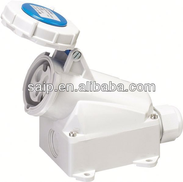 Waterproof Industrial Socket 15 amp switched socket