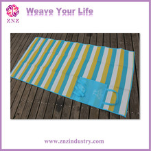 Factory directly different designs plastic woven floor mat pp woven picnic mat bottle nech t shape bag
