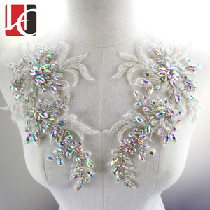 HC-4237 Hechun Wholesale crystal sparkle beaded rhinestone for dress