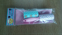2 smile face lint roller with 1 handle in 1 opp bag