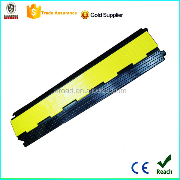 Wholesale 2 channels reflective rubber grip guard cable protector