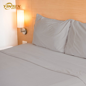 Duvet Cover Set With Pleat & Eyelet