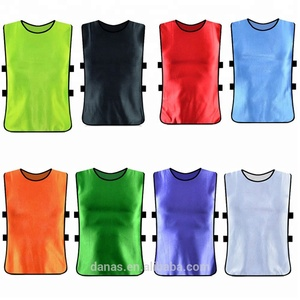 Custom design breathable mesh quick dry football training vest for adult and youth soccer bibs