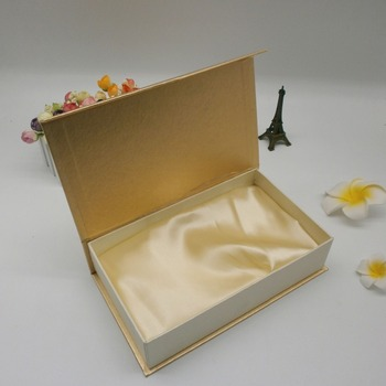 Hot selling gold rigid cardboard box gift box paper with with silk insert