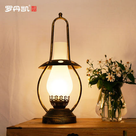 Simple modern glass lamp room essential furnace oil desk lamp