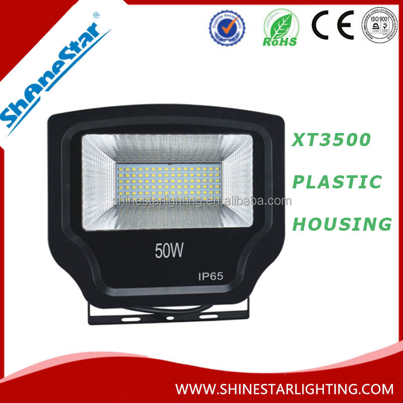 Plastic Housing LED Flood Light XT3500