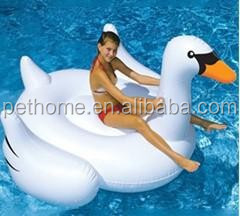 2016 hot sale PVC water play equipment custom water floating inflatable swan
