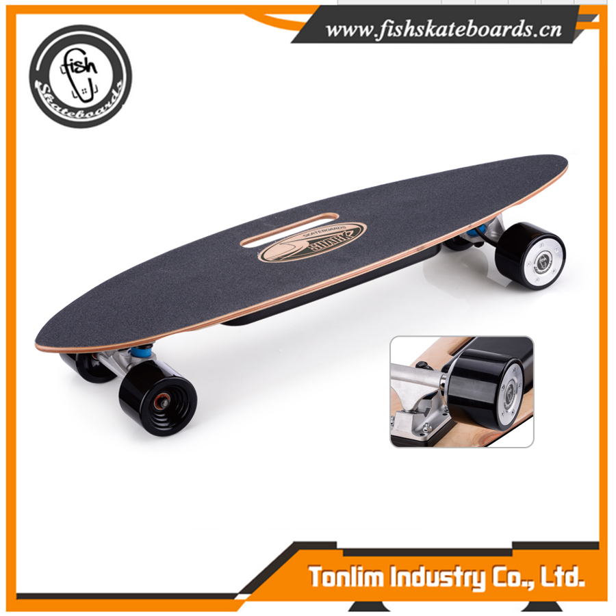 New carbon fiber deck dual hub motor electric skateboard with trucks
