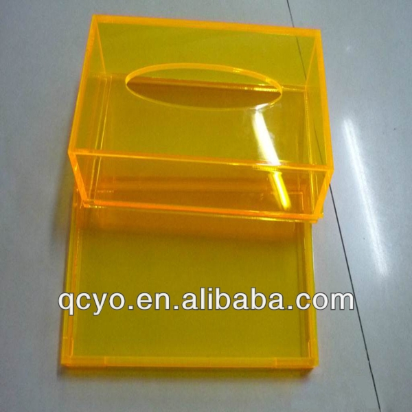 IN DEMAND! Clear acrylic tissue box holder for office/hotel