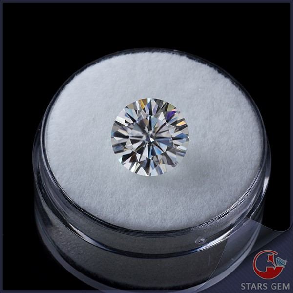 synthetic <strong>diamond</strong> round brilliant cut D~F VVS pure white color wholesale 2 carat loose moissanite for moissanite jewelry