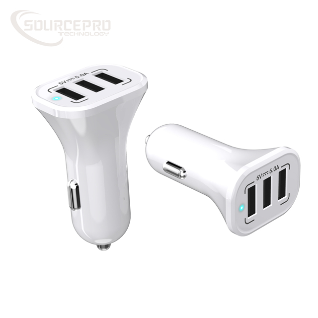 도매 새 Product Car Charger Adapt 5A 3 Ports Car Charger 대 한 iPhone 8/7/6/5 /4