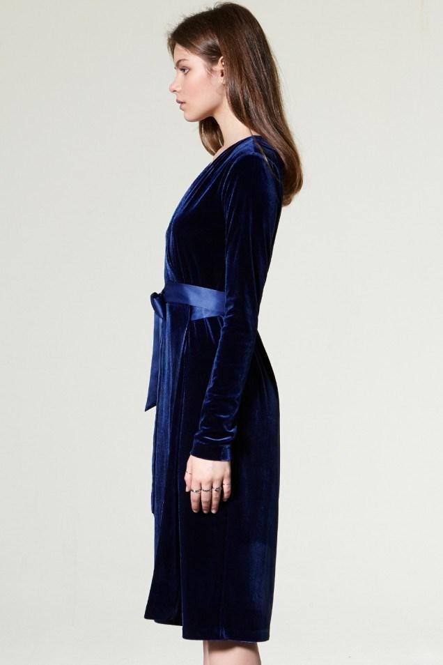 2017 Neue Design Neueste Mode Damen Samt Wickeln Prom Kleid Westlichen  Muster Langarm V-ausschnitt Kleid Mit Satin Gürtel - Buy Product on ...