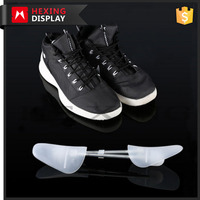 Plastic Adjustable Shoe Trees With Metal Spring