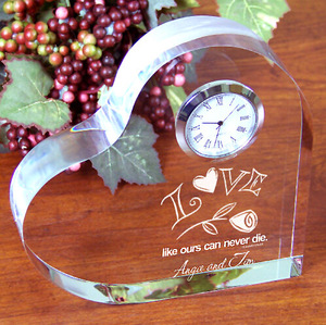 3d Laser Engraved Heart Shape Crystal souvenir clock memento best gift for girlfriend