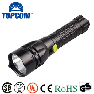 Professional 900 Lumens Rechargeable Diving Flashlight