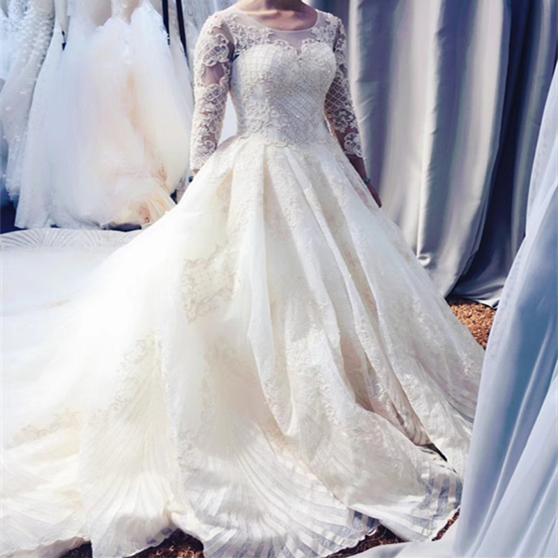 Long Sleeve Bridal Gowns Heavy Lace Wedding Gowns Ball Gown Wedding Dresses 2019 White Lace Bridal Wedding Dresses