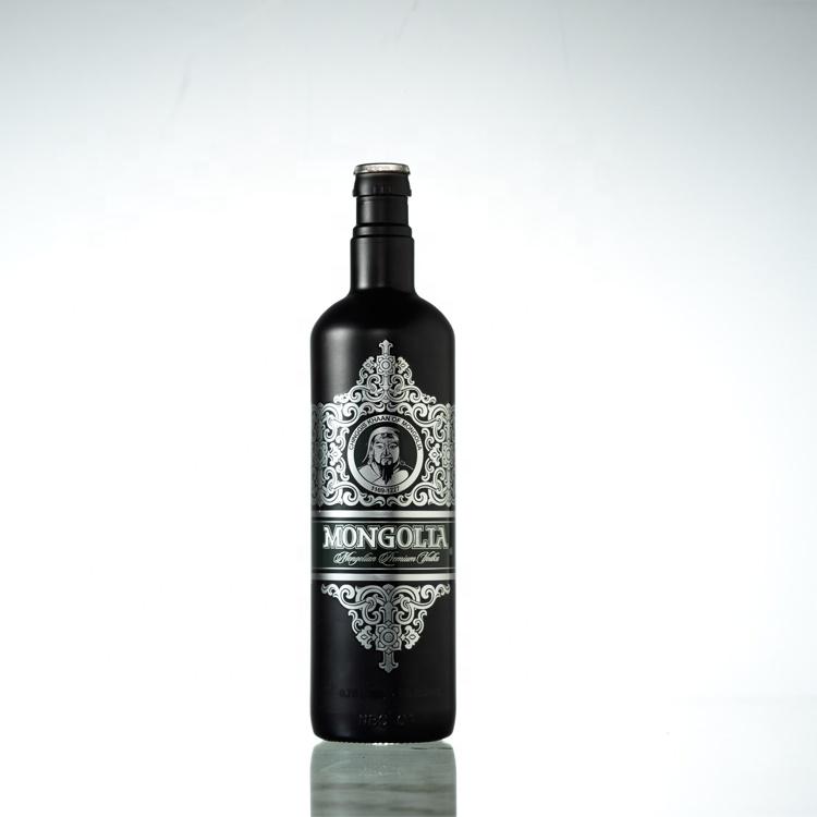 Toptan OEM 500ml 700ml 750 ml Boş Siyah Cam şarap şişeleri Fiyat