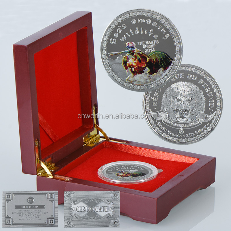 WR the Mantis Shrimp 2014 Commemorative Silver Plated Coin with Wooden Capsule Animal Series Commemorative Coin