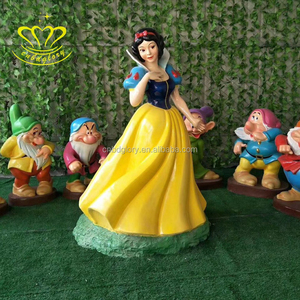 New product fiberglass resin Life Size color Snow White and the Seven Dwarfs statue home garden decor