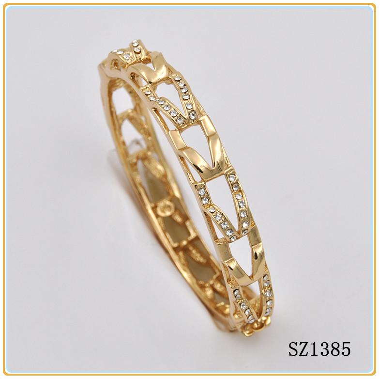 18k Gold Bangle Saudi Arabia Jewelry African Metal