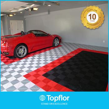 profesional de piso de baldosas para garaje