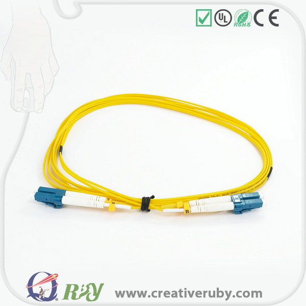 Indoor/Outdoor Fiber optic patch leads Made in China with good quality LZSH/PVC Jacket SC/LC/ST/FC optical fiber patch cords