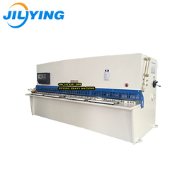 On the surface of the high precision processing QC12YK sheet metal shearing machine