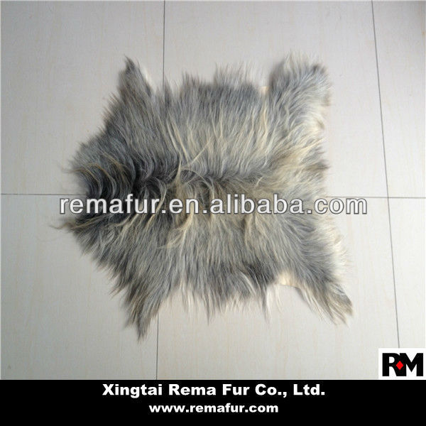 Factory wholesale long hair Sheepskin Rugs in natural color