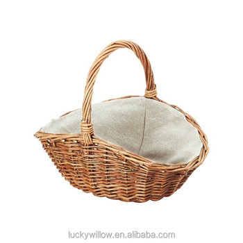 willow hamper gift basket with line lining and handle