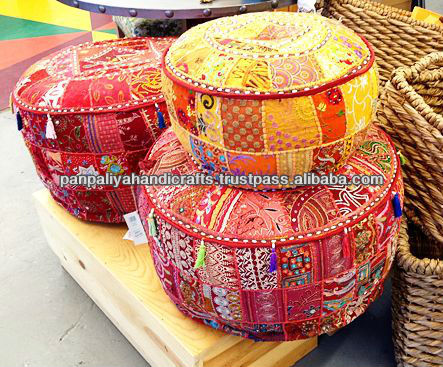 indienne ottomans poufs vintage tissu brod ottomans couvre grossistes boh me indian ottomans. Black Bedroom Furniture Sets. Home Design Ideas