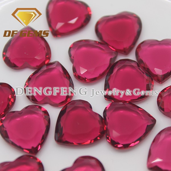 Bling Jewelry Accessories Red Heart Shape Glass Gemstone Two Flat Back Cut Glass Stone