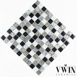 Luxury Black and White Ceramic Mosaic Tile Mosaic Kitchen Round Crystal Glass Mosaic Tiles Swimming Pool Malaysia Market