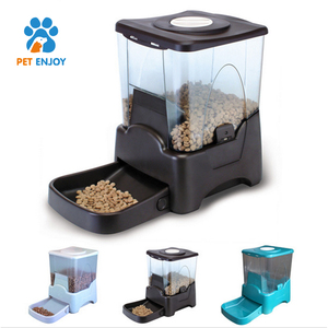 Black and Grey Large Capacity 10.65L battery-powered Automatic solder Pet gsm Feeder