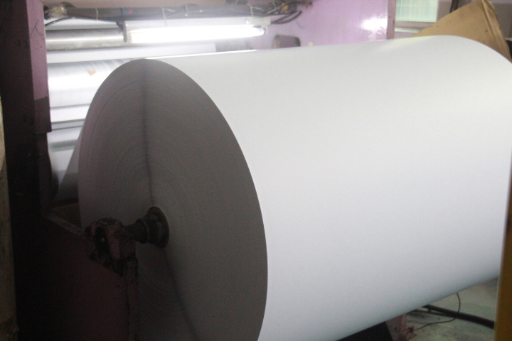 Hot sale direct thermal paper for shipping label  thermal direct label sticker materials