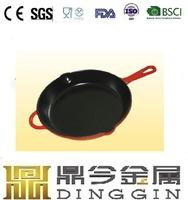 cast iron roaster/paella/fish pan