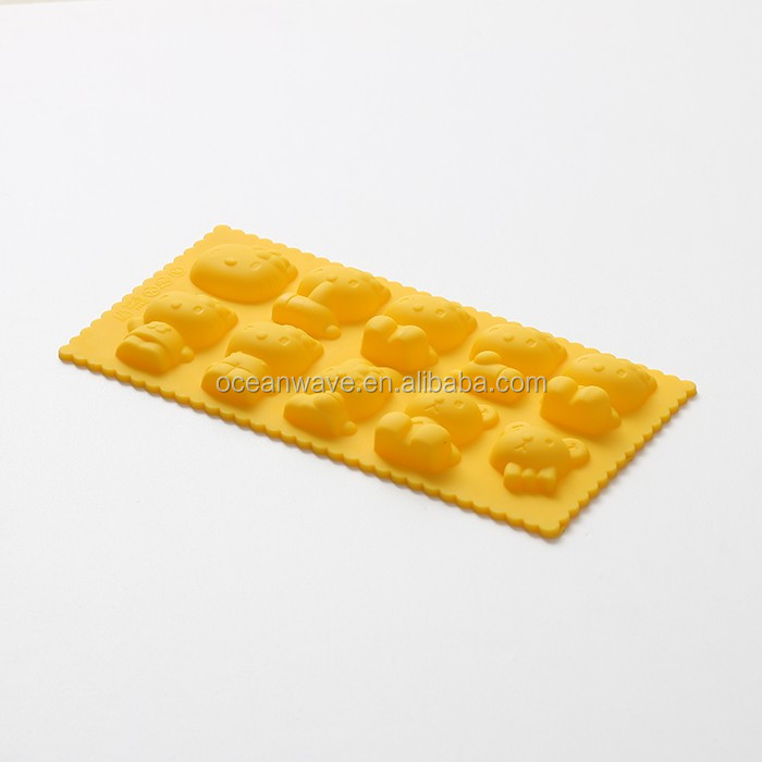 100% BPA free food grade custom silicone molds for bakeware utensils