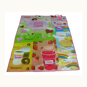 China factory promotional product waterproof colorful foldable pp woven seaside beach mat for outdoor picnic
