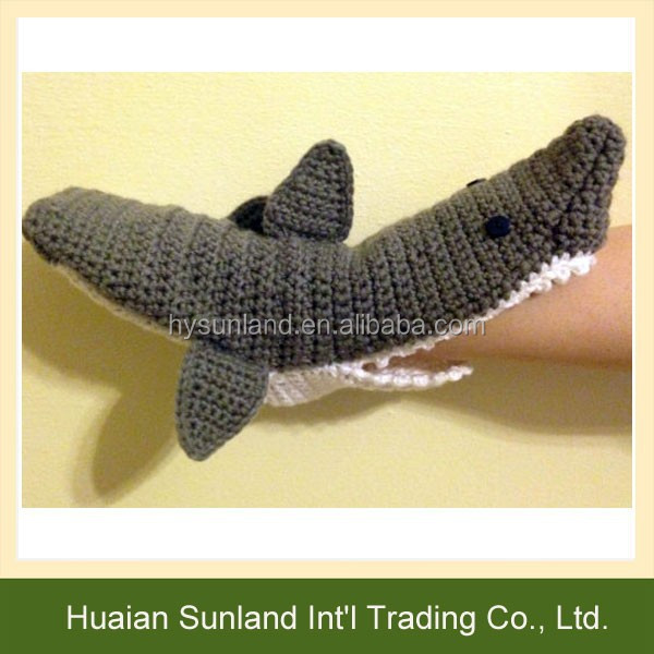 W 1060 Wholesale Women Men Fashion Knit Pattern Shark Socks Crochet