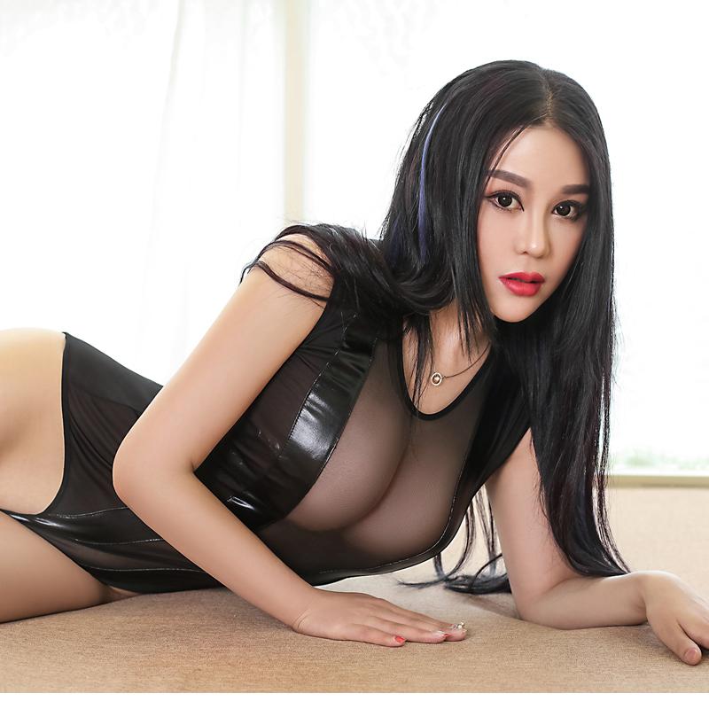 Seductive White Lace Garter Set