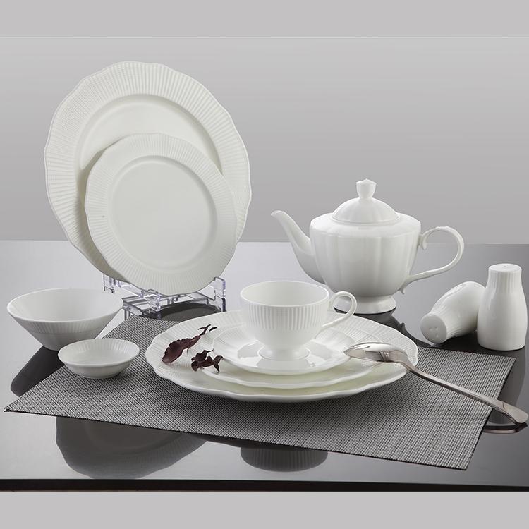 P&T Royal ware white Circular dinner plate bone china dinner plate